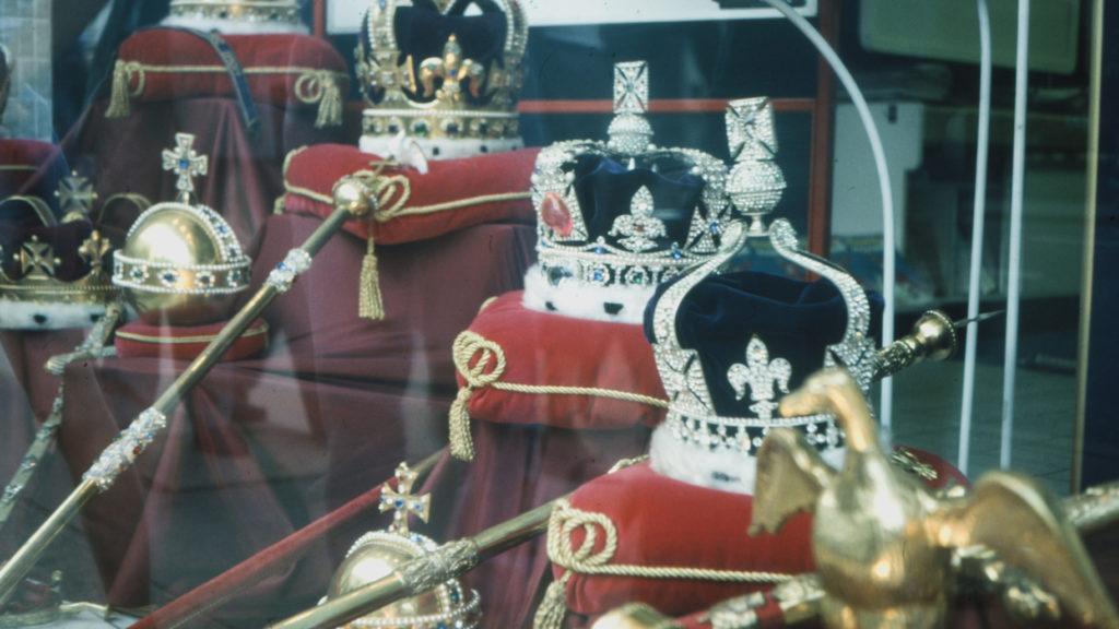 Crowns-Sceptors